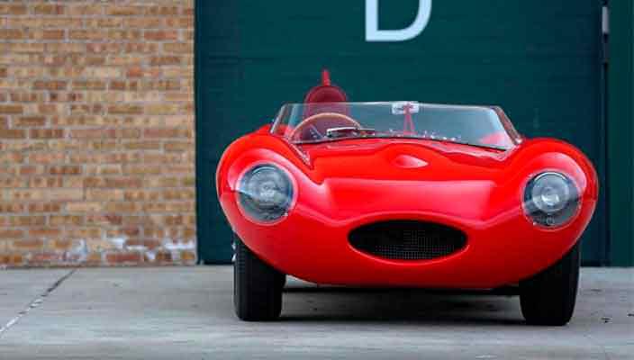 Jaguar D-Type 1956 года продадут за $10 млн   фото
