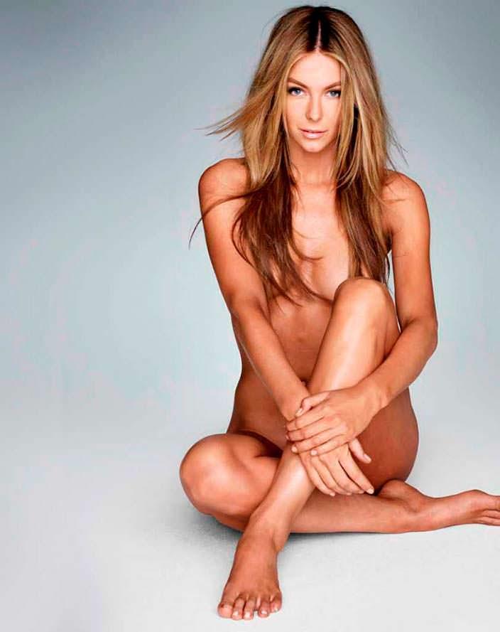 Фото | Голая Мисс Вселенная 2004 для Marie Claire