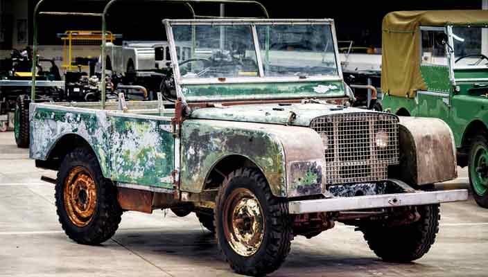 Один из первых Land Rover Series I отреставрируют в 70-й юбилей