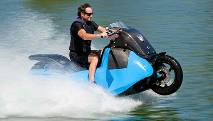 В Gibbs Amphibians создан мотоцикл-амфибия Biski | видео