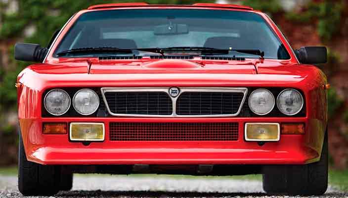 Отреставрированная Lancia 037 Stradale уйдет с молотка | фото