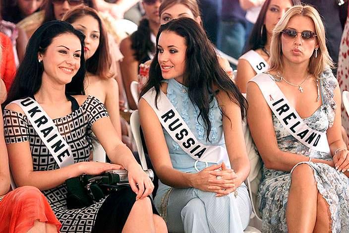 Мисс Украина, Мисс Россия и Мисс Ирландия 2002 года