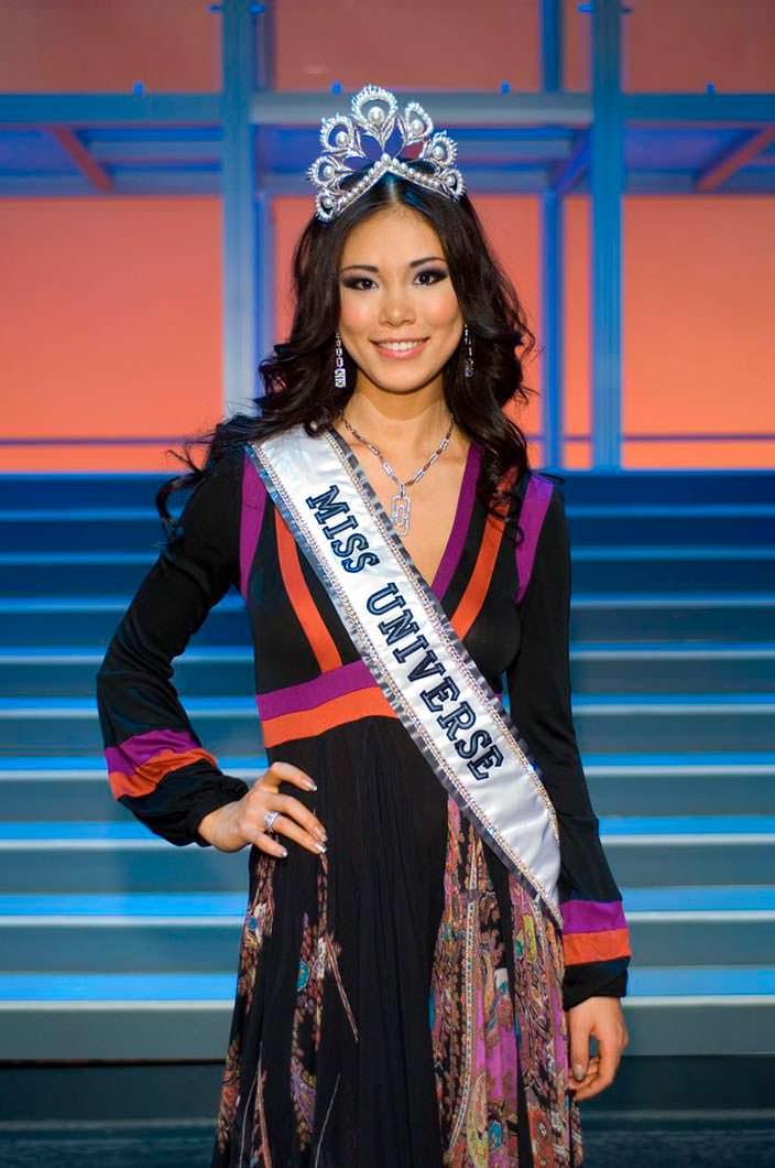 Риё Мори - Мисс Вселенная Япония 2007