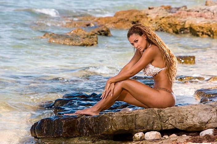 Фото | Химена Наваррете на пляже