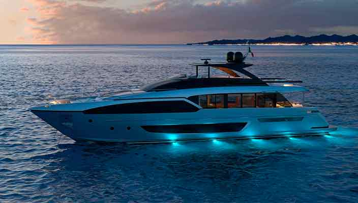 Ferretti Group раскрыла информацию о яхте Riva 90 | фото