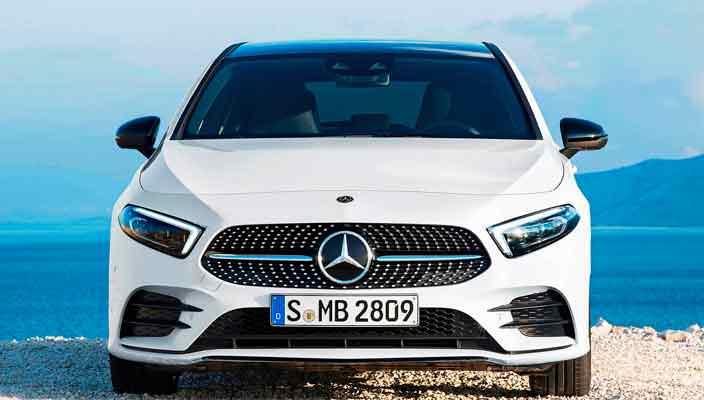 Новый Mercedes-Benz A-Class 2019 официально | фото и видео