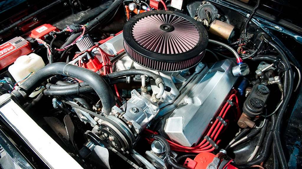 Двигатель 8,0-литра V8 под капотом Dodge Charger Bullitt 1969