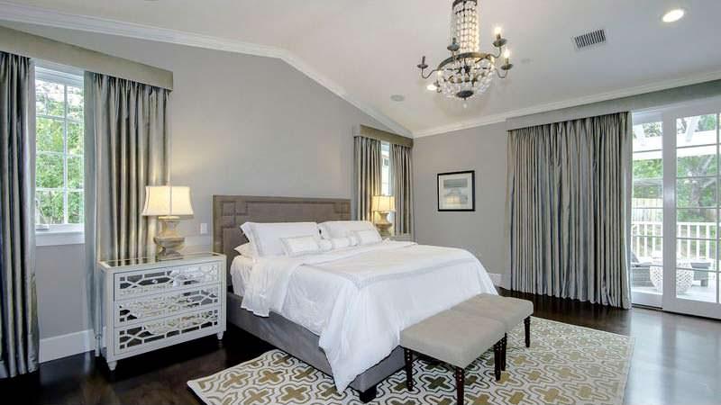 Спальня в доме Марка Энтони