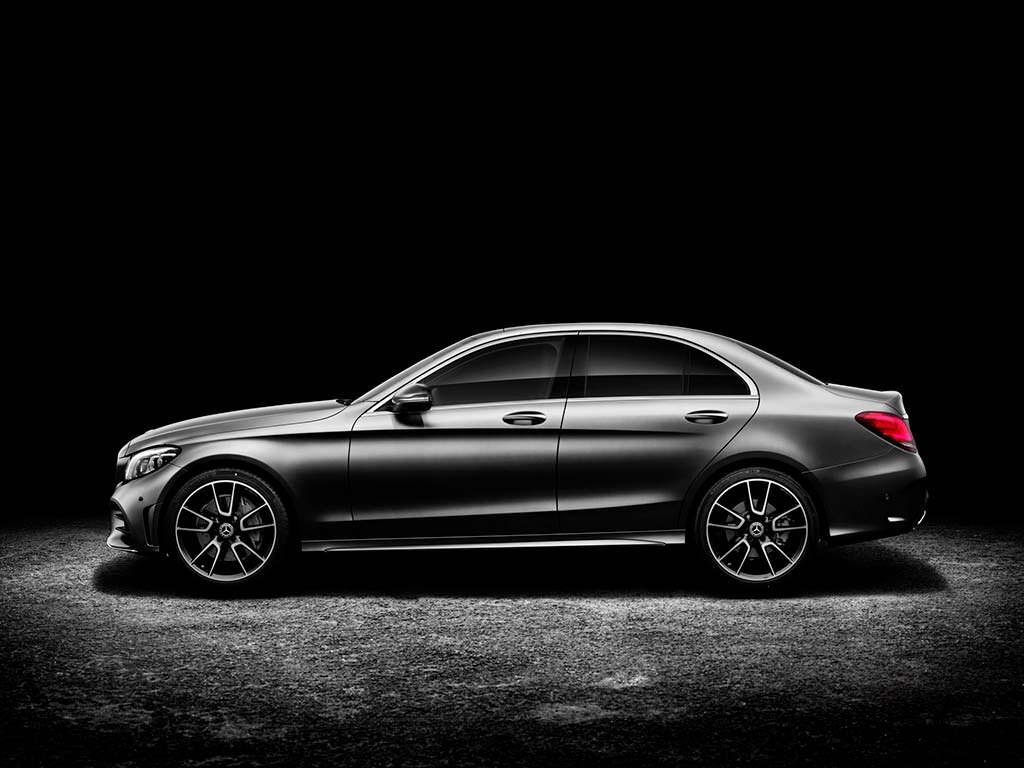 Седан Mercedes-Benz C-Class. Рестайлинг 2019