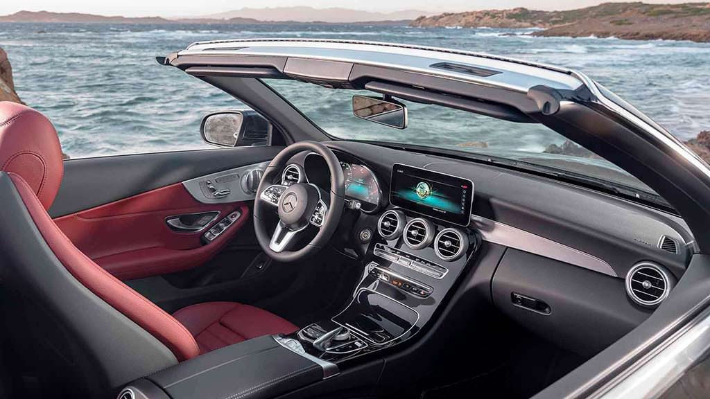Фото салона Mercedes-Benz C-Class Cabriolet