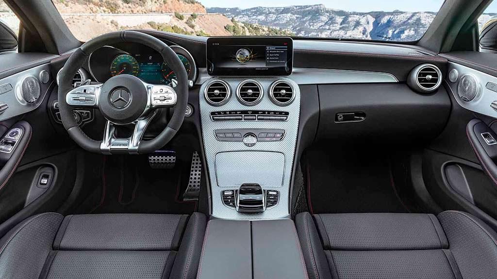 Фото салона Mercedes-AMG C43 Coupe
