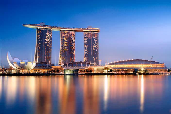 Гостиница и казино Marina Bay Sands. Цена $5,5 млрд