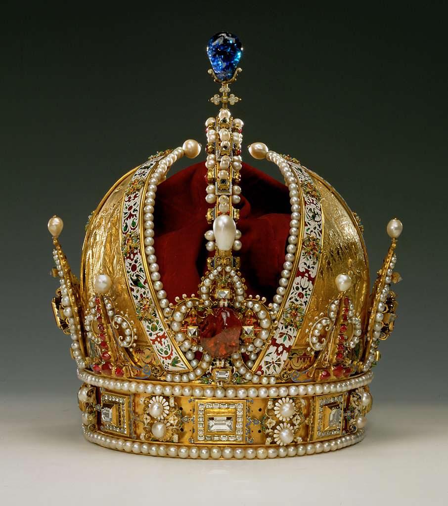 Корона Австрии. Цена более $18 млн