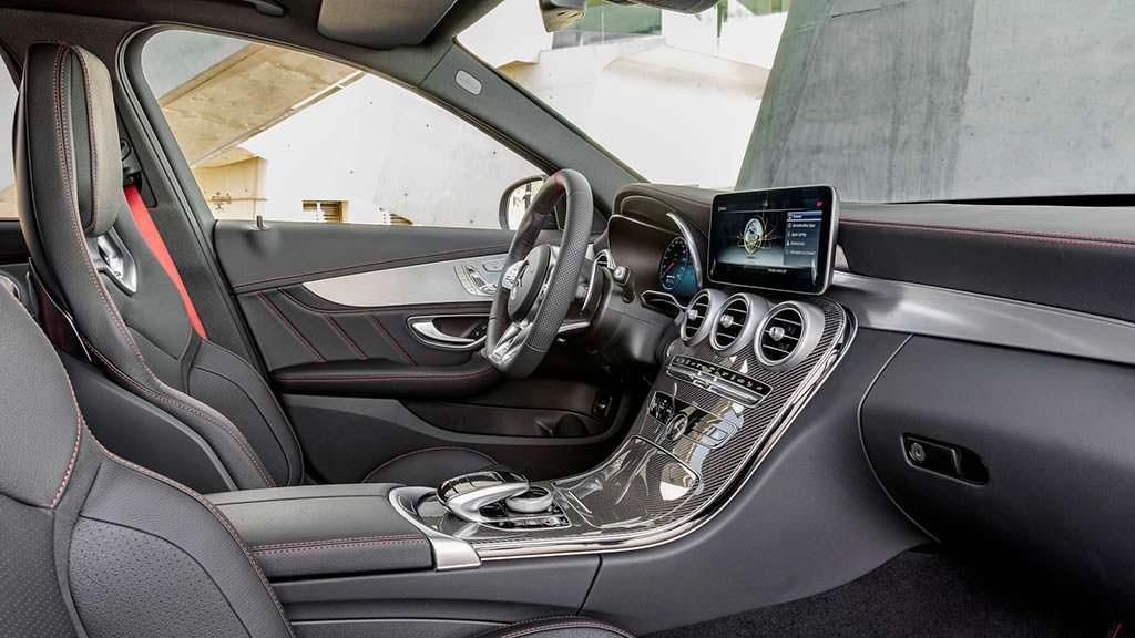 Фото внутри Mercedes-AMG C43 2019