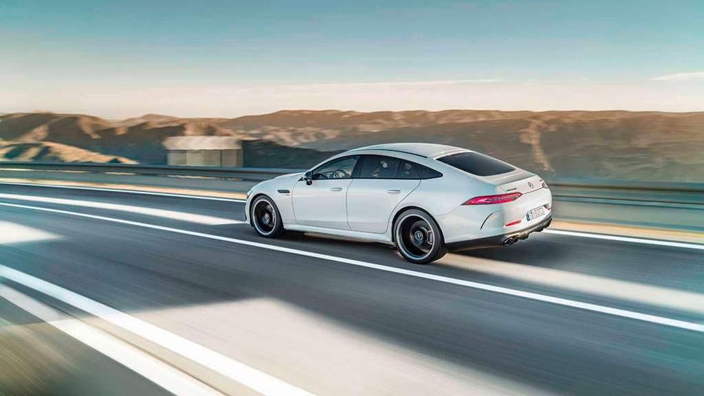 Серийный Mercedes-AMG GT 4-Door Coupe