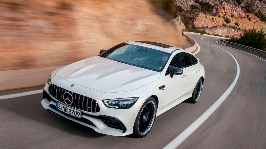 Новый Mercedes-AMG GT 4-Door Coupe