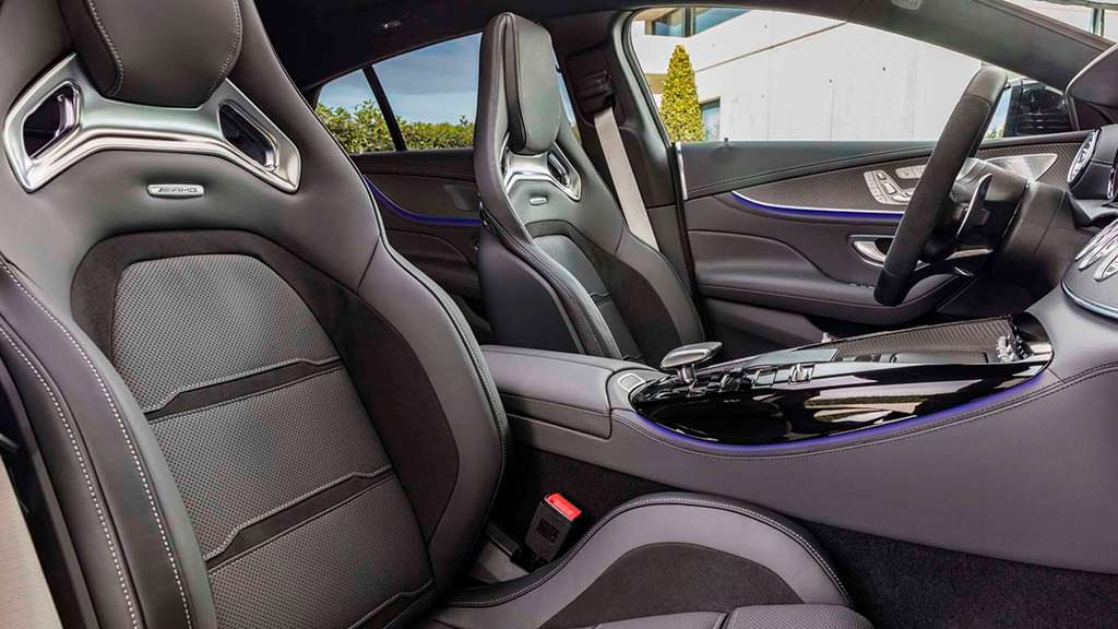 Сиденья Mercedes-AMG GT 4-Door Coupe