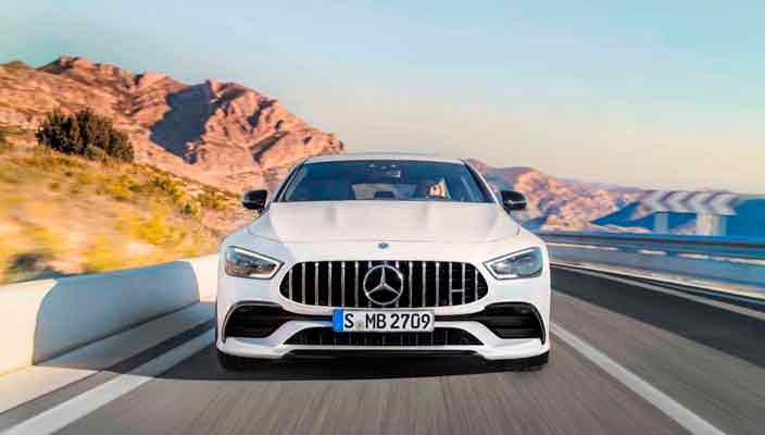 Mercedes-AMG GT 4-Door Coupe - сильный конкурент Panamera