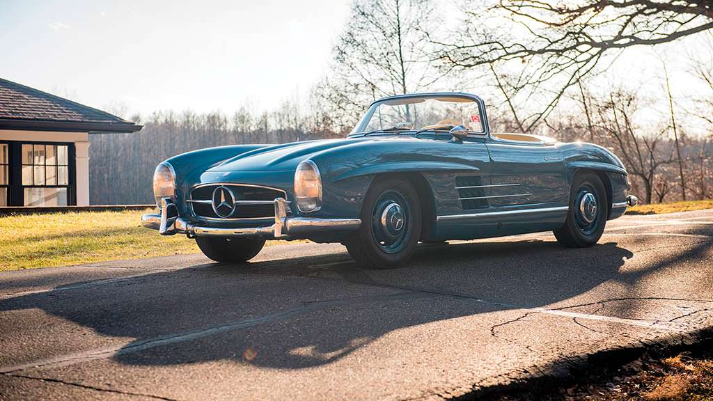 Раритетный Mercedes-Benz 300 SL Roadster