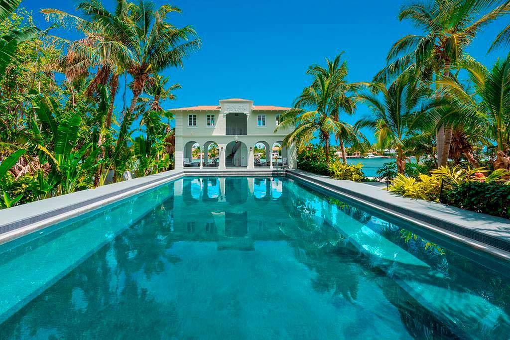 Дом Аль Капоне в Майами на берегу залива Бискейн