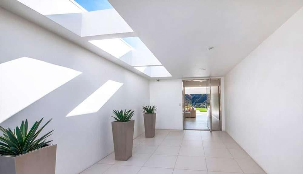 Интерьер дома в светлых тонах