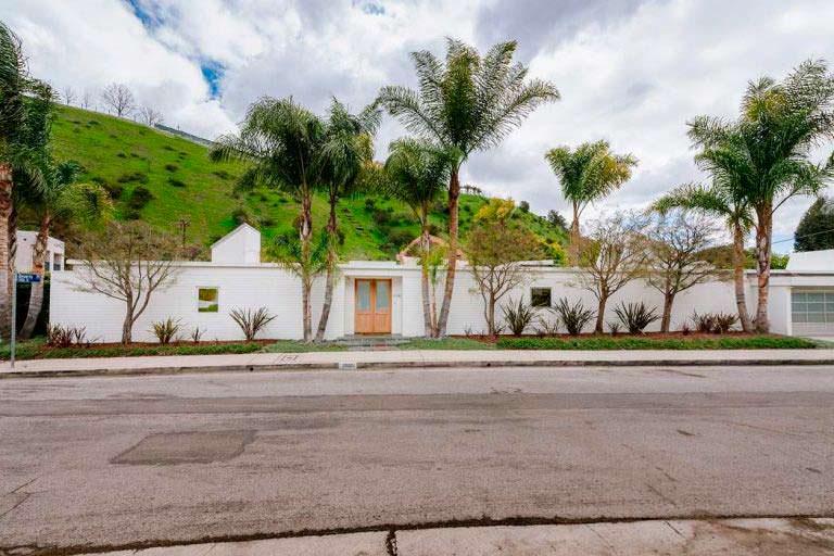 Дом Тейлор Свифт в Лос-Анджелесе