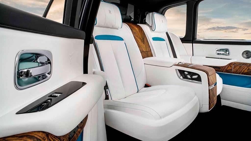 Задние сиденья Rolls-Royce Cullinan