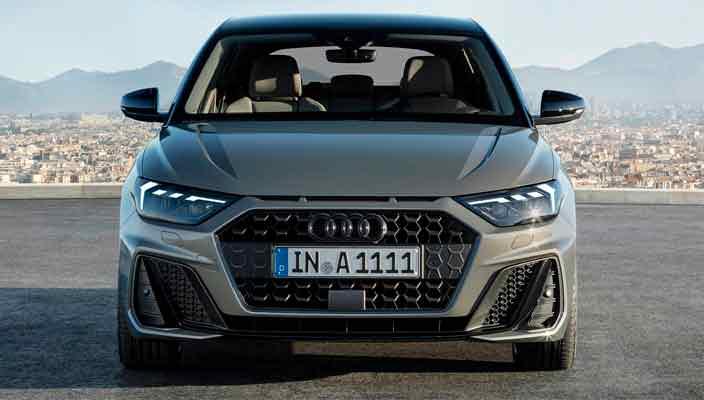 Маленькая Audi A1 вышла во втором поколении | фото