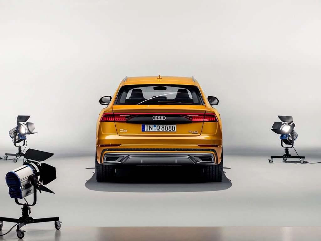 Стильная Audi Q8