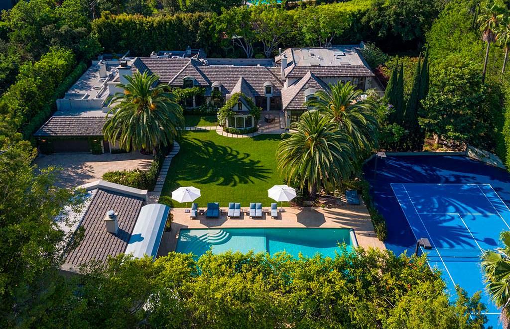 Дом Мадонны на бульваре Сансет. Цена $35 млн