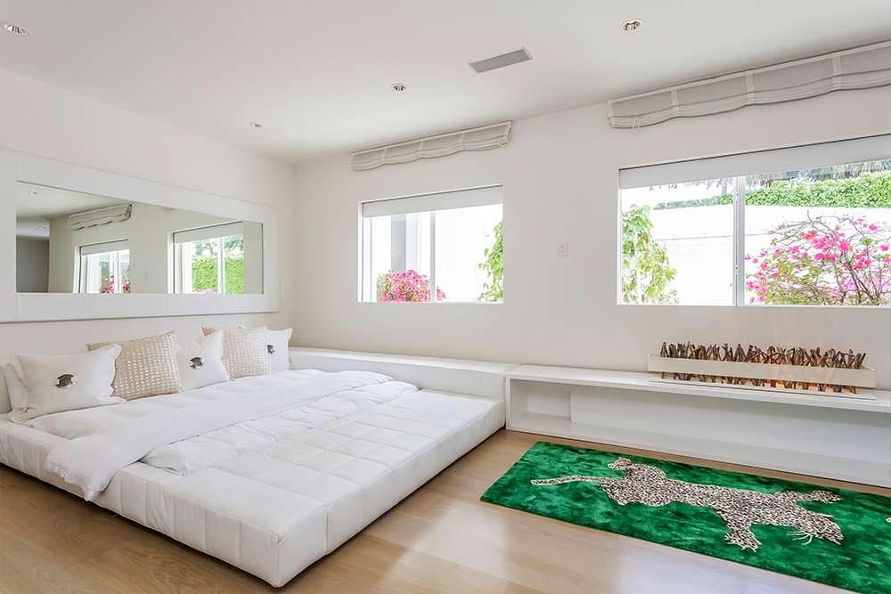 Спальня в доме Шакиры