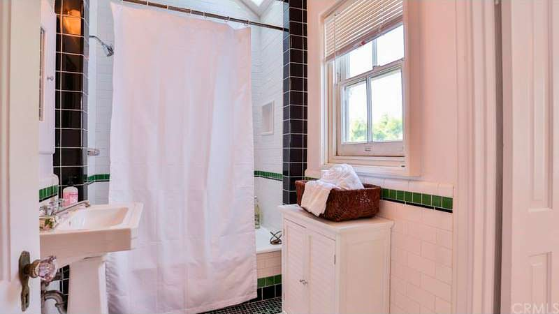 Ванная в доме знаменитости