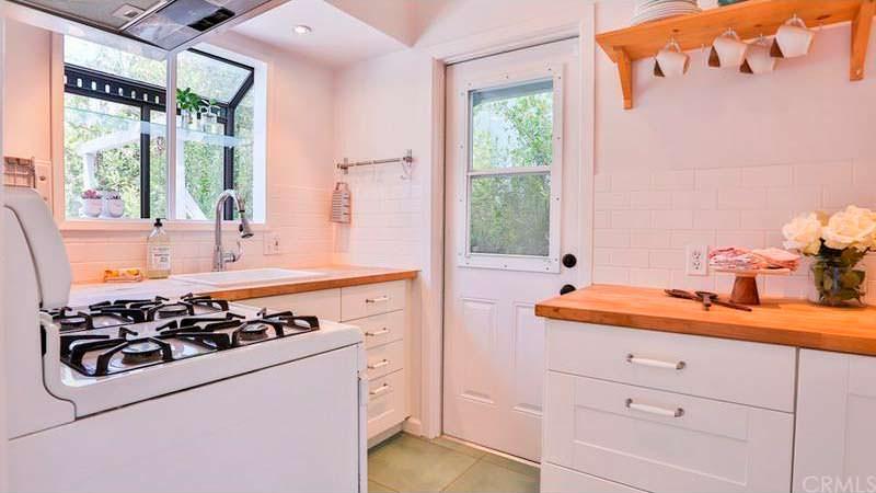 Кухня в уютном доме