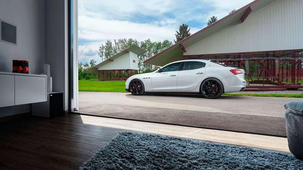 Maserati Ghibli S Мощность 494 л.с.