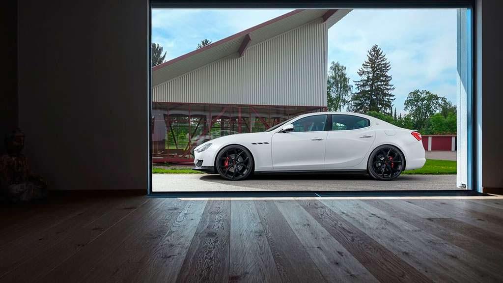 Maserati Ghibli S. 22-дюймовые колесные диски от Novitec