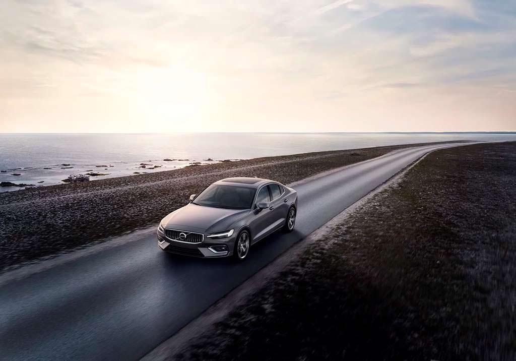Новая Volvo S60. Цена от $35 800