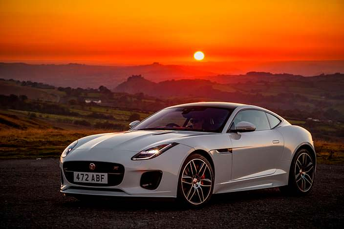 Jaguar F-Type Checkered Flag Edition