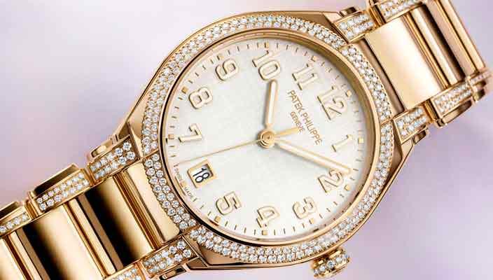 Patek Philippe сделал новые золотые часы с бриллиантами