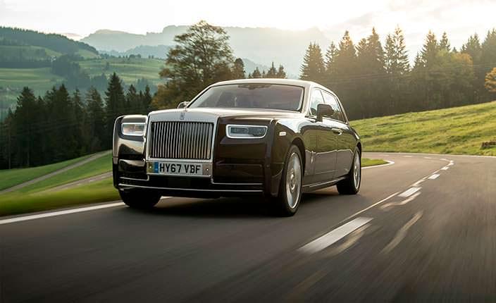 Rolls-Royce Phantom - призрак на дороге