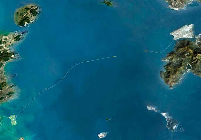 Самый длинный морской мост в мире соединяет Китай и Гонконг