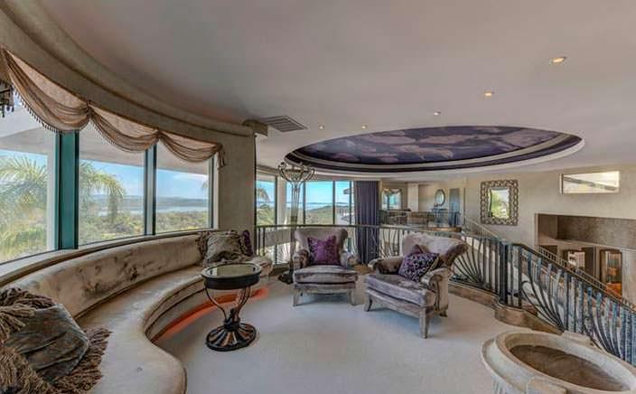 Королевский дизайн интерьера в доме