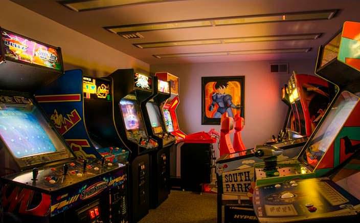 Собственная комната с игровыми автоматами
