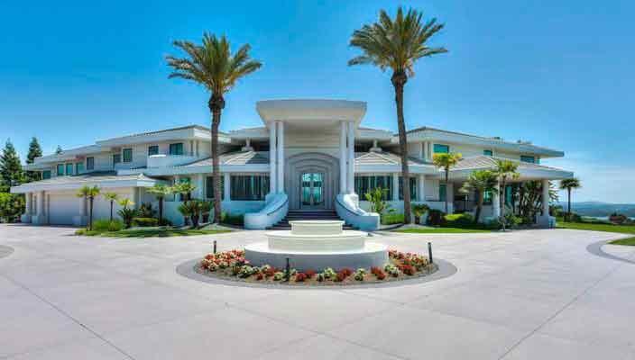 Старый дом Эдди Мерфи продали с молотка за 5 минут за $5 млн