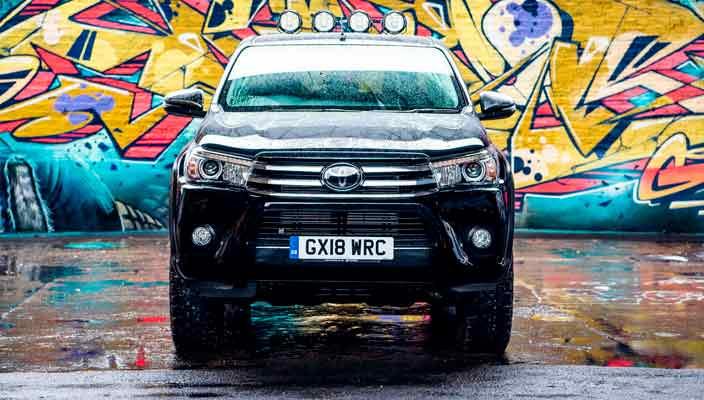 Пикап Toyota Hilux отмечает 50 лет спецверсией | фото, инфо