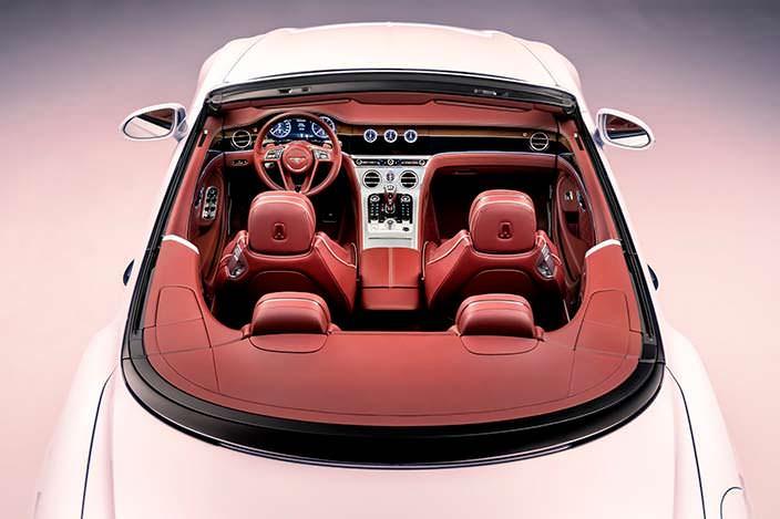 Четырехместный салон Bentley Continental GT Convertible