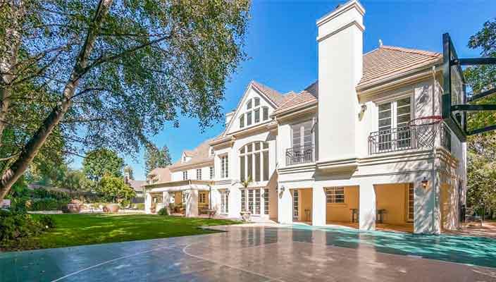 Дом певицы Аврил Лавин в Калифорнии продается   фото и цена