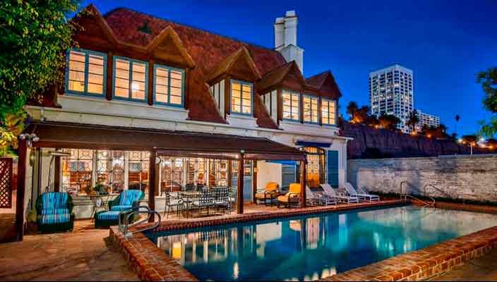 Старый дом Говарда Хьюза в Санта-Монике продан   фото, цена