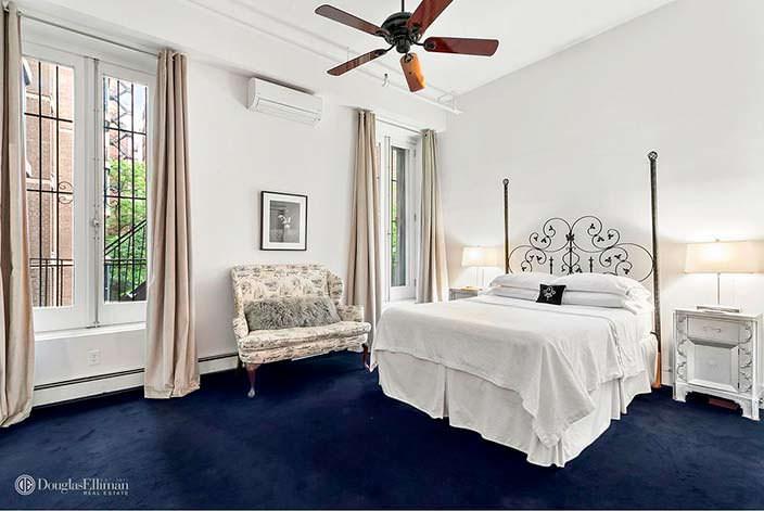 Спальня в квартире Патриши Кларксон в Нью-Йорке