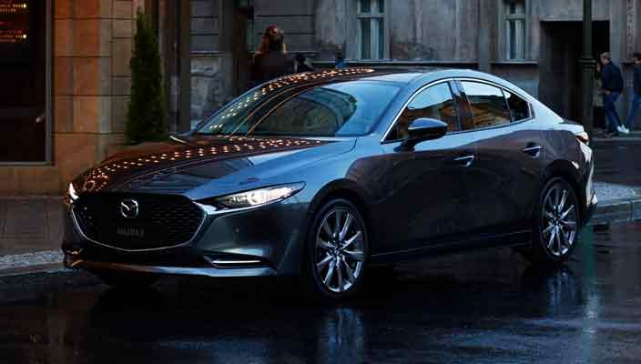 Новая Mazda3 седан и хэтчбек представлены в официально | фото