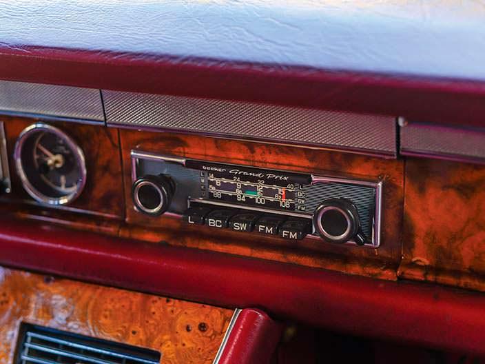 Магнитола Mercedes-Benz 600 Pullman 1969 года